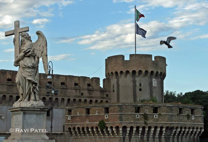 Wings at Castel San't Angelo