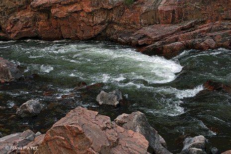 Artistry of Flowing Water