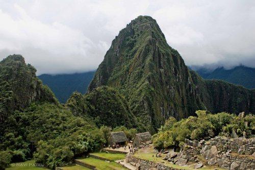 Machu Picchu - Entrance to Wayna Pichhu