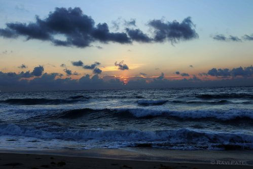 Florida - Palm Beach - Awaiting Sunrise