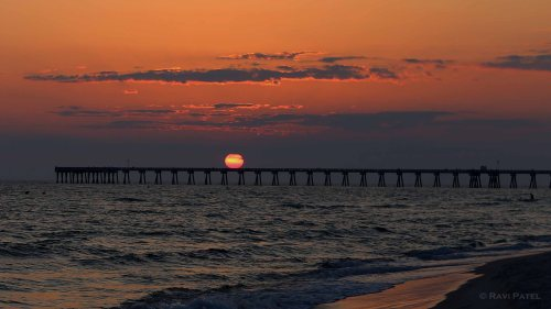 Florida - Panama City Beach - Sun on the Pier