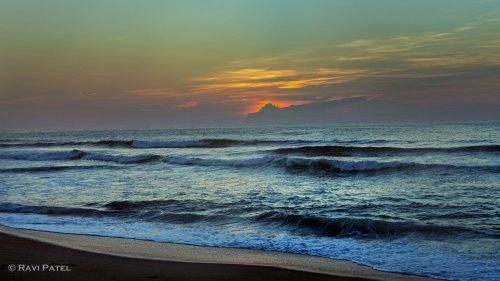 Ocean Waves at Sunsrise