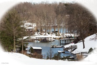 A Winter Postcard from Lake Hickory