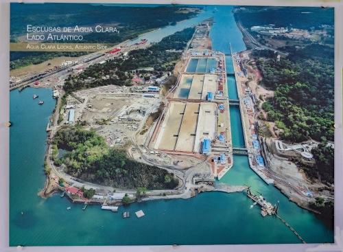 Agua Clara Locks